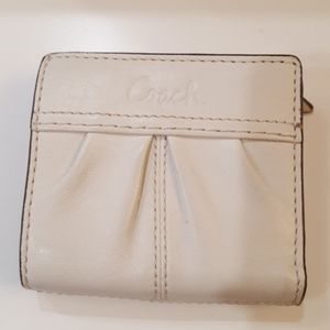 "Cream Coach Wallet/Change Purse 4""×4"""